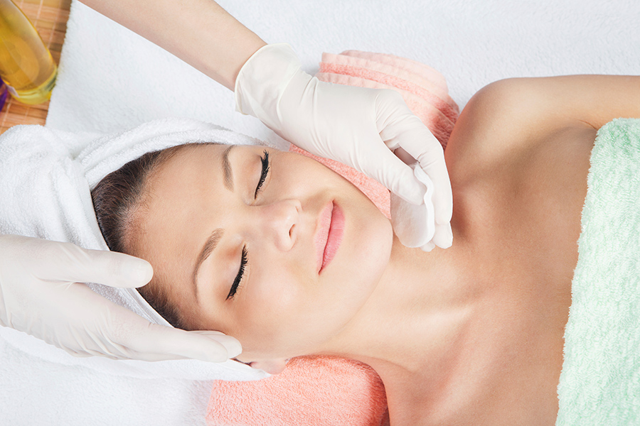What to expect from a skin peel treatment